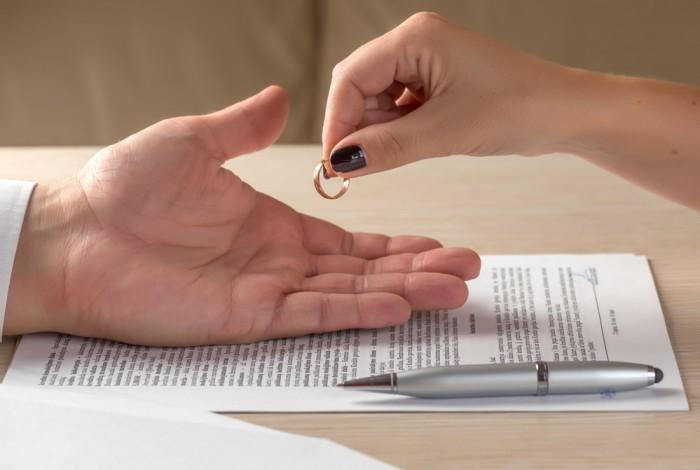 ARTICLE_DIVORCE_AMIABLE_ESPACE_DROIT